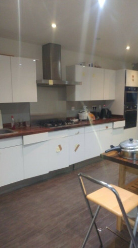 Double Room in Harrow £600 Per Month Including Bills Fully Refurbished and Furbished