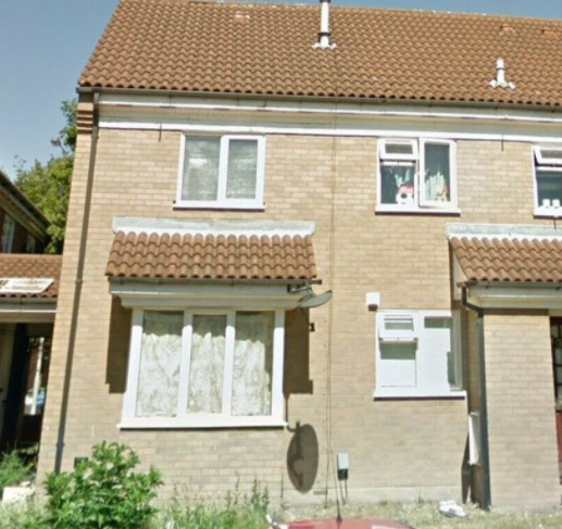 2 Bed House for Rent in Luton Ellenhall Close