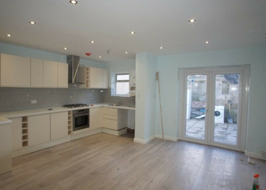 A Lovely Brighton Newly Refurbished 5 bedroom Terraced House Available to Rent in Harrow HA3