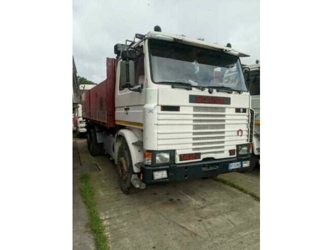 1991 Left-Hand Drive Scania 142H, 3 Way Tipper