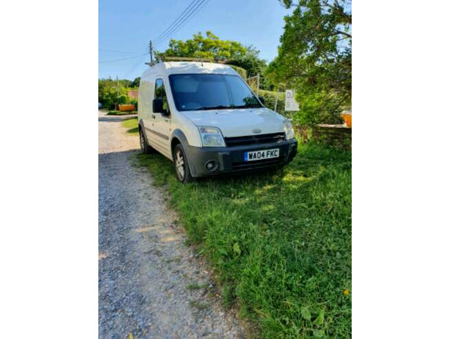 2004 Ford Transit Connect LWB Hightop T230