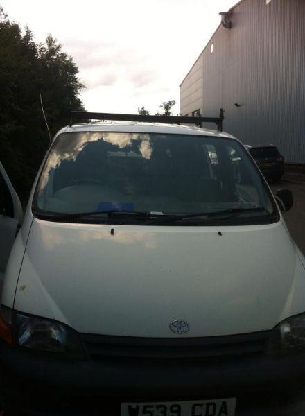 2000 Toyota Hiace Wreg
