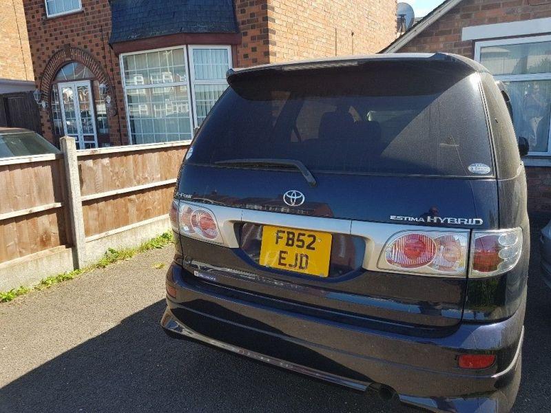 2002 Toyota Estima Hybrid 2.4
