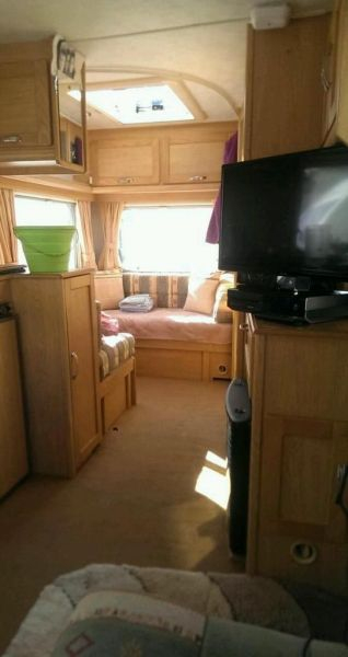 2002 Elddis Avanti 475 5 birth-6
