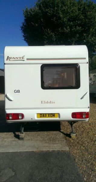 2002 Elddis Avanti 475 5 birth-3