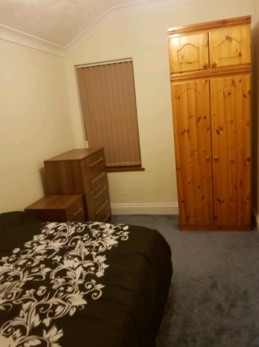 Rooms to Rent (Benefits Only) Clean & Quiet