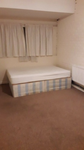Large Single Room £400 Per Month in South Harrow