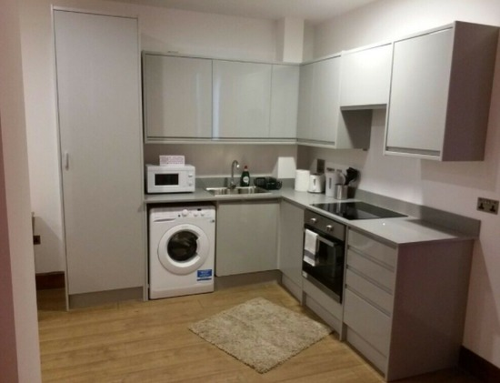 Studio Flat in Heart of Croydon