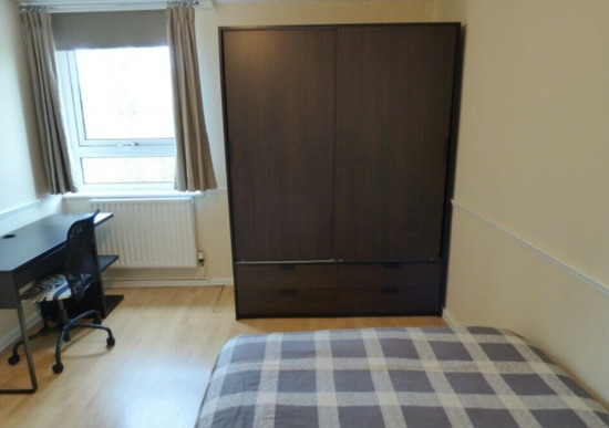 Wonderful Double Room All Bill Included / 50% Off Rent-4